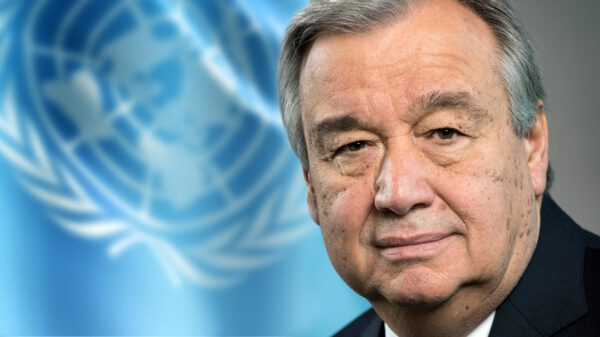 Guterres vence prémio Zayed e doa dinheiro ao Alto Comissariado para os Refugiados